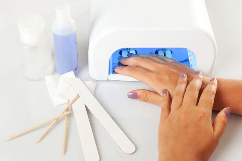 ricostruzione unghie roma