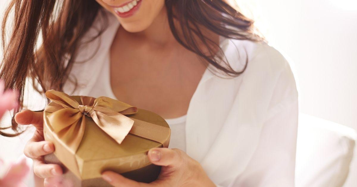 gift card in shape center
